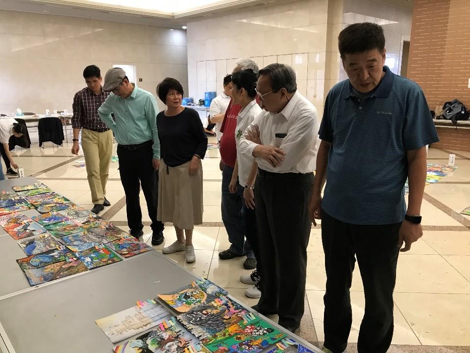 2019氣候變遷國中小繪畫比賽。(照片由台灣永續能源研究基金會提供)