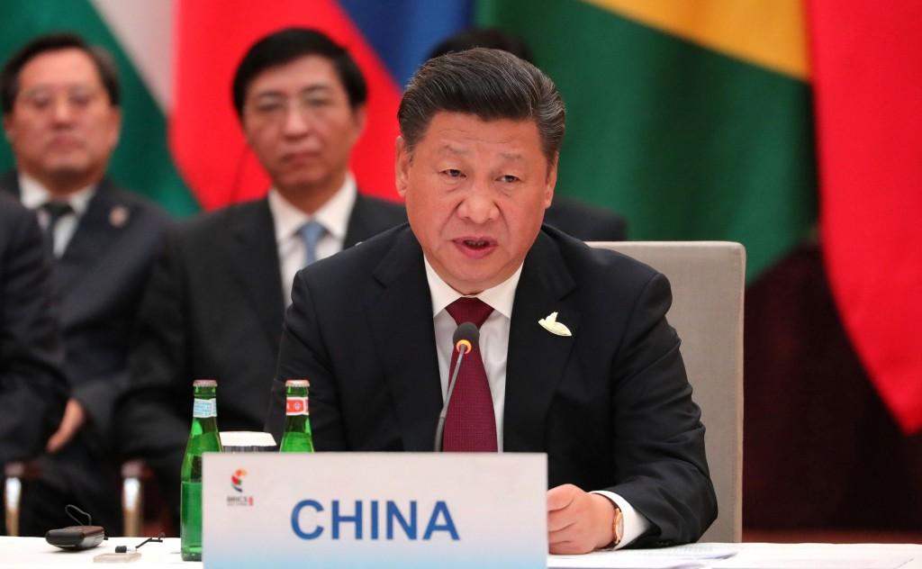 美作家稱「21世紀並非中國的時代」。(維基百科)