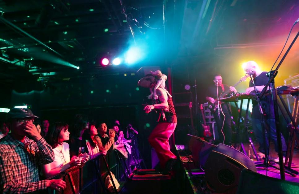 加拿大熟男樂團Timber Timbre獲邀演出 恭喜台灣亞洲第一同婚合法