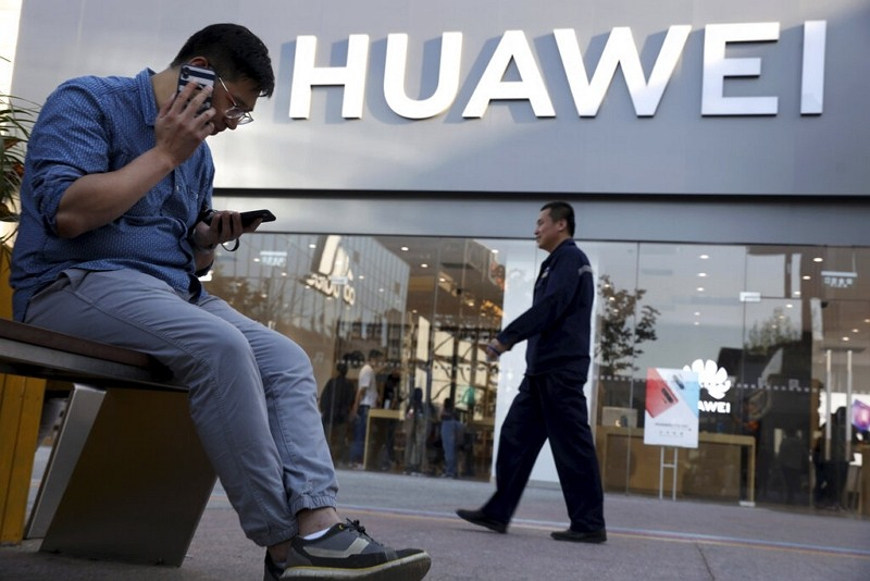 Taiwan's top telecoms to stop selling Huawei smartphones