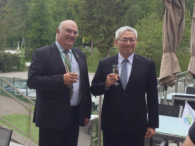 ICDF Secretary General Timothy Hsiang (項恬毅)(right) and WFO President Theo de Jager (Photo/ICDF)
