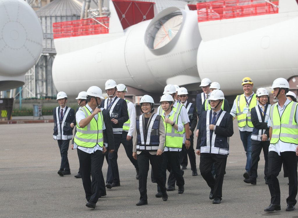 President Tsai Ing-wen (front, center) visiting a wind energy installation in Taichung Thursday May 23.