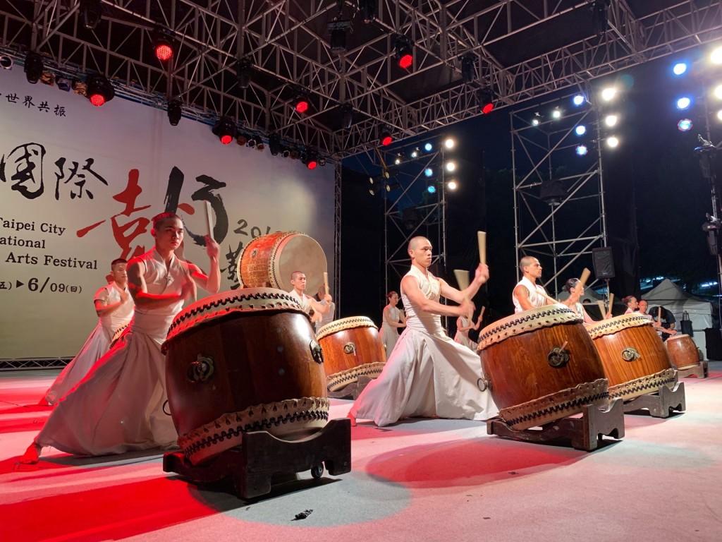 優人神鼓帶來「鼓聲圓滿」。(照片來源:新北市政府文化局)