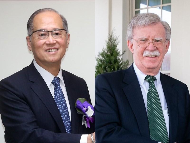 Lee (left) (CNA). Bolton (right) (Twitter.com/AmbJohnBolton).