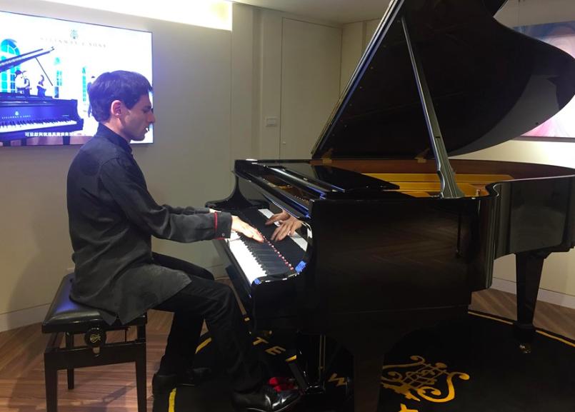 鋼琴音樂家吉爾‧特伯格三度來台(圖/台灣英文新聞Lyla)