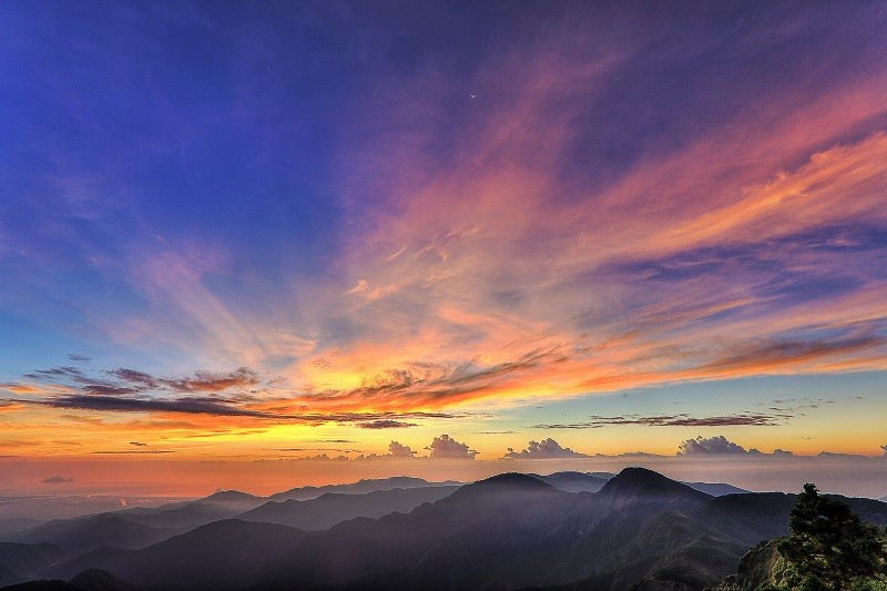 Sunrise view from Wangyangshan, Taipingshan Forest Recreation Area. (Luodong Forest District Office photo)