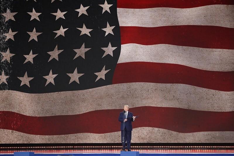 川普在諾曼第登陸75週年紀念活動上致詞 (圖/美聯社)