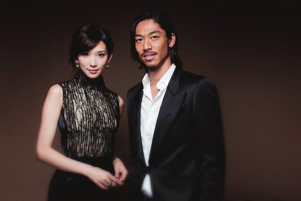 藝人林志玲閃婚日本放浪兄弟EXILE AKIRA,雙方於6日晚宣布喜訊。(圖/facebook.com/EXILEAKIRA.offici