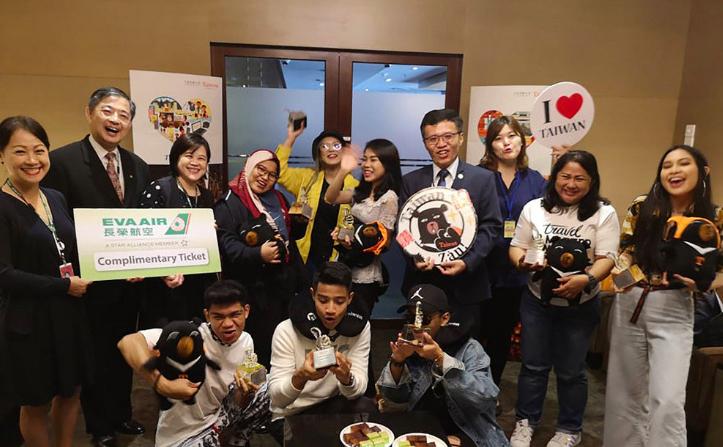 觀光局與長榮航空合作,邀請馬國網紅體驗7天6夜的台灣旅程(圖/中央社)