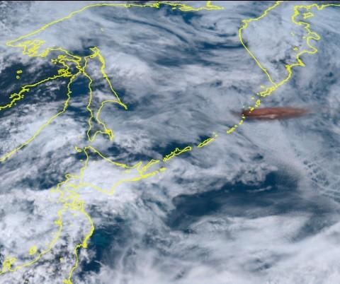 日衛星向日葵8號影像(來源 截自日本氣象新聞YouTube)