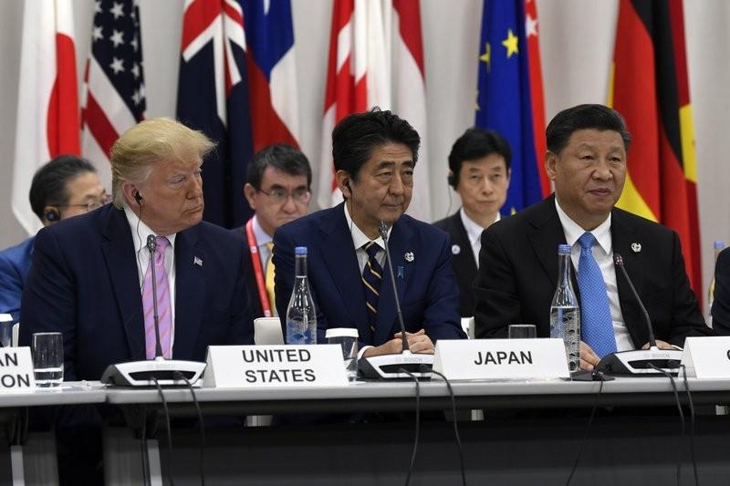G20美日中領袖並肩坐引話題    日網友:太擠了