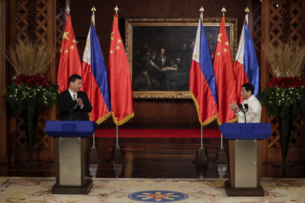 File photo: Xi Jinping and Rodrigo Duterte (November 2018)