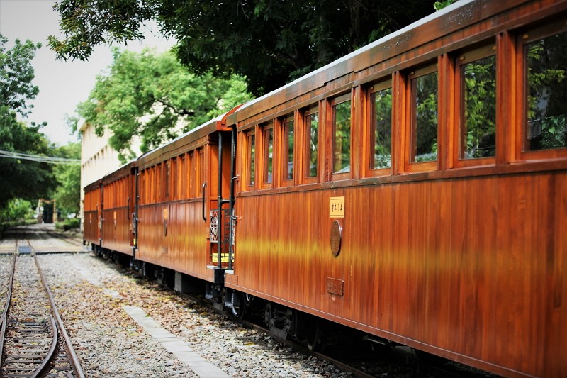 Taiwan cypress trains (Alishan Forest Railway and Cultural Heritage Office photo)