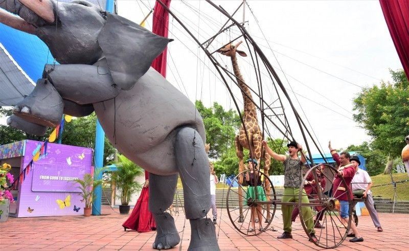 Poland's Puppet Clinic Theatre showcase  giant puppets to promote the 2019 YICFFF Yilan County (Photo from Taiwan Today)
