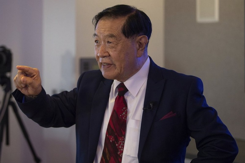 Henry Lee takes questions from reporters at a news conference at the University of New Haven (AP photo)