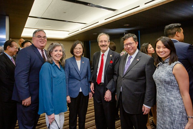 President Tsai Ing-wen meet with the US Congress members in New York on July 12 (Source: Presidential Office)
