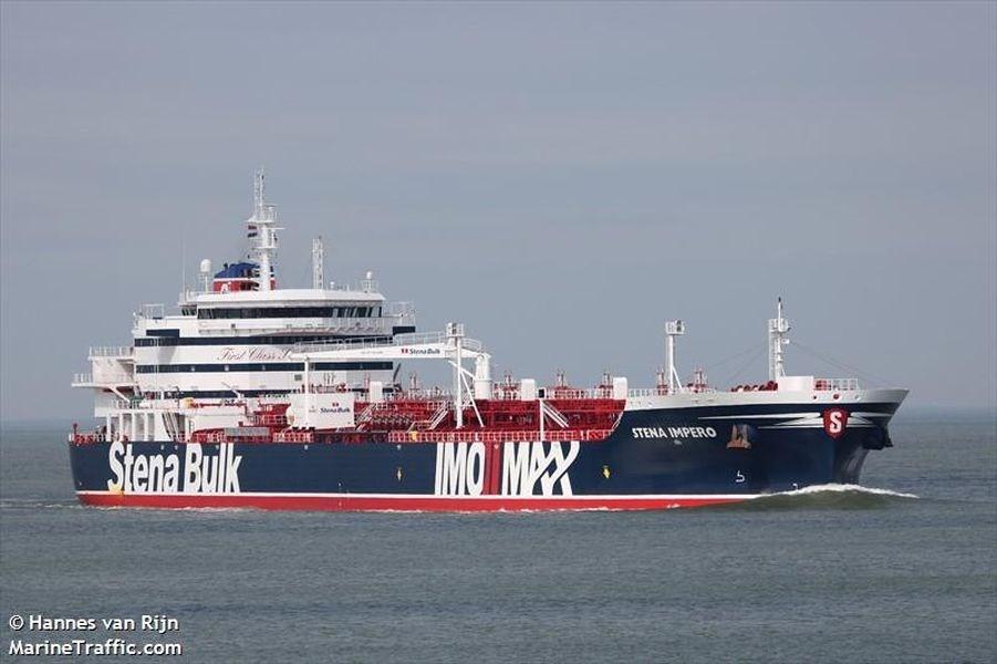 伊朗革命衛隊19日宣布,他們在波斯灣扣押懸掛英國旗幟的「史丹納帝國號」油輪。(圖取自Marine Traffic網頁marinetraff