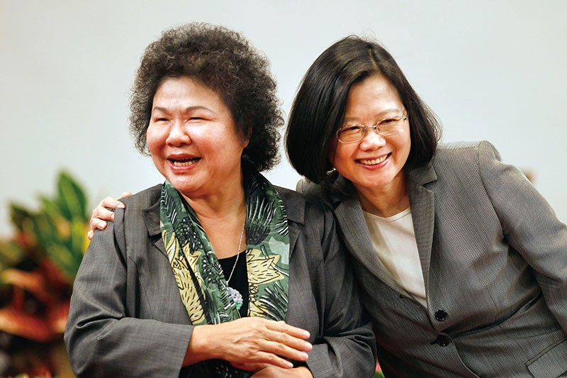 Presidential Secretary General Chen Chu (left) with President Tsai Ing-wen in an archive photo.