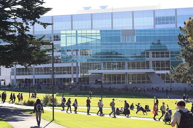 San Francisco State University J. Paul Leonard Library (Source: Wikimedia Commons - Webbi1987)