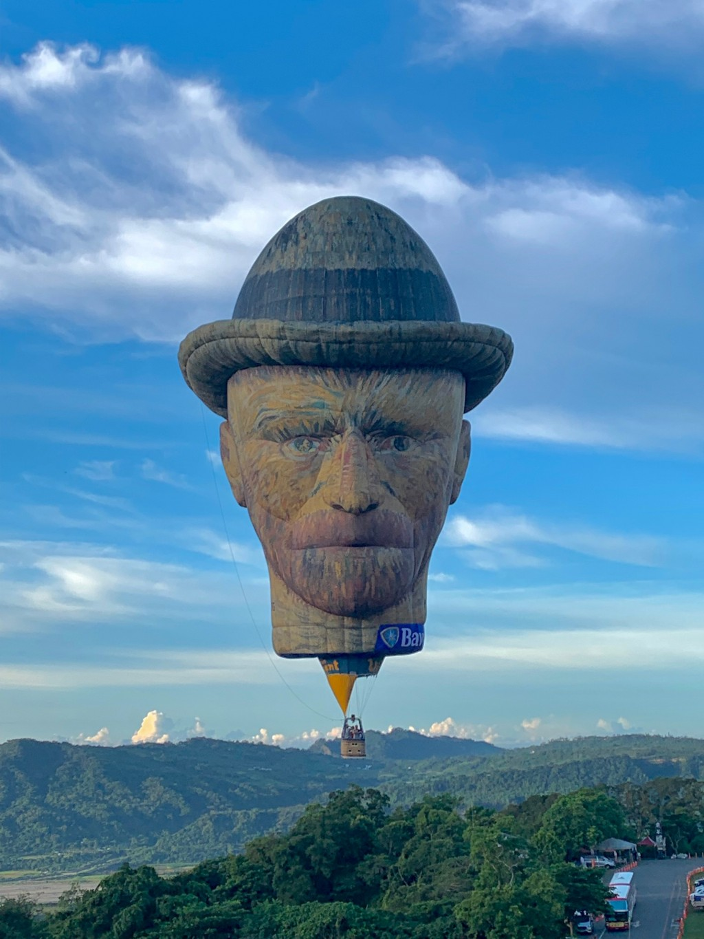 Vincent van Gogh floating above Taitung (photo courtesy of the Taitung County Government).