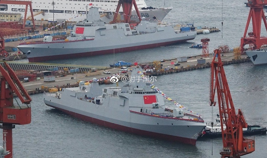 Type 055 guided-missile cruisers. (Weibo photo)