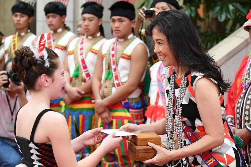 花蓮哈拉灣部落及紐西蘭毛利族拜會政院