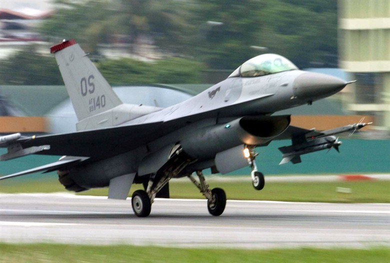 圖為美軍F16戰機(翻攝官網)