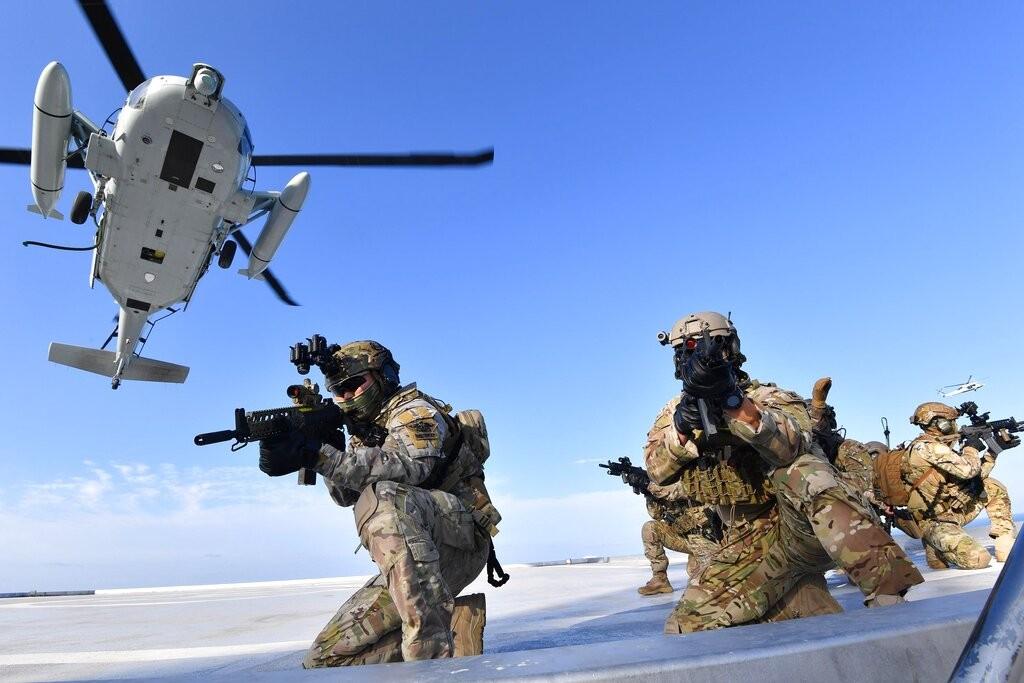 南韓軍在獨島進行軍事演習(圖/AP)