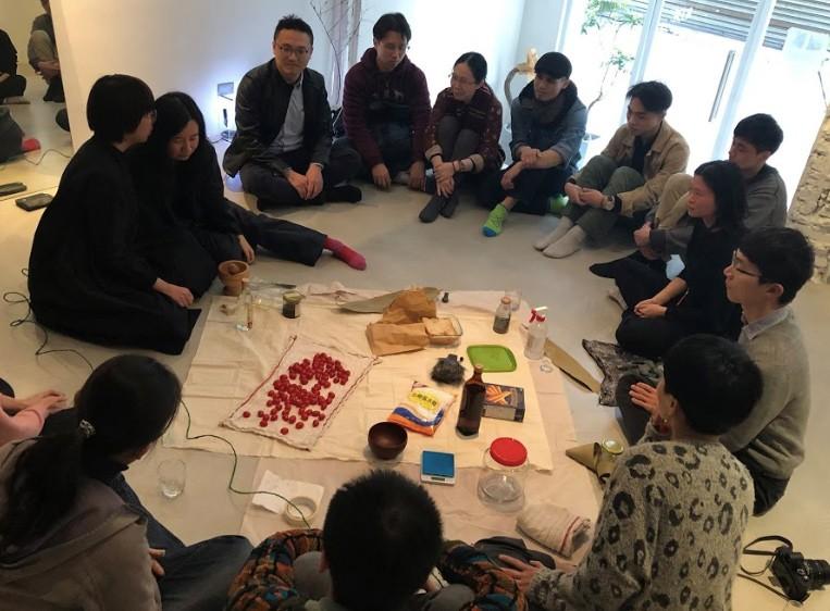 藝術家邀請大家一起傾聽「發酵」的聲音(圖/台北市藝術節)