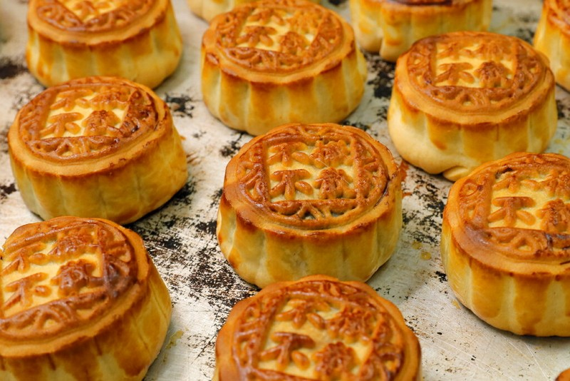 Mooncakes (AP photo)
