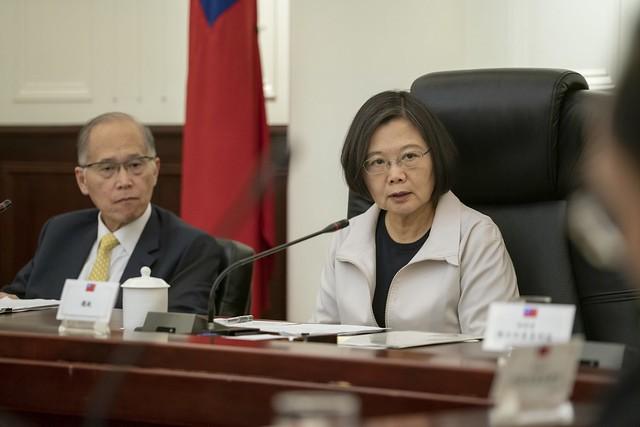 總統蔡英文2日聽取國安會香港情勢專案小組簡報(照片來源:總統府提供)