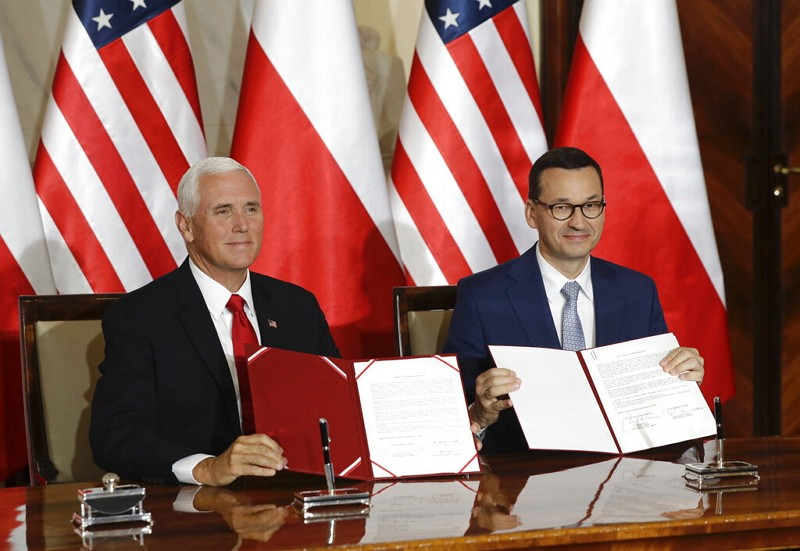 US and Poland ink 5G security agreement amid anti-Huawei campaign