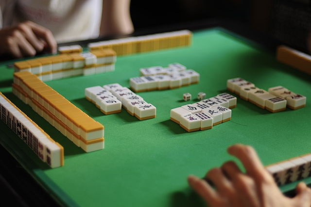 Japanese Mahjong (Flickr - yui*)
