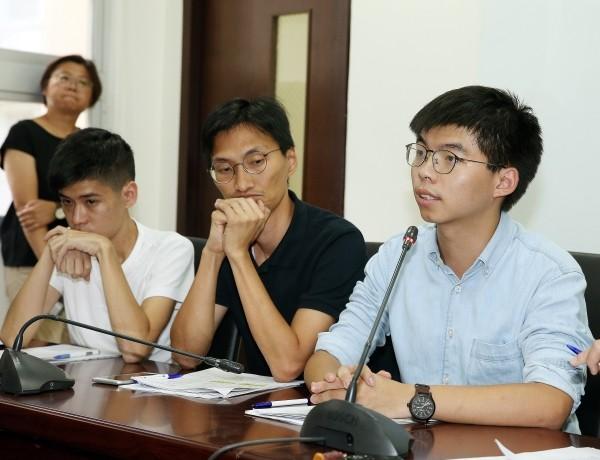 Shum (left), Chu (center), Wong (right).