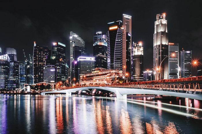 Singapore skyline (Photo from Unsplash user Sebastian Pichler)