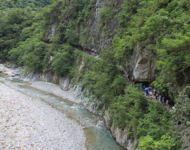 Shakadang Trail (Photo from Taroko National Park tourism office)
