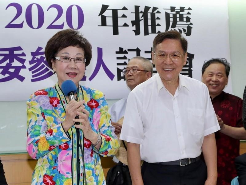 Annette Lu (left) and Peng Pai-hsien (CNA photo)