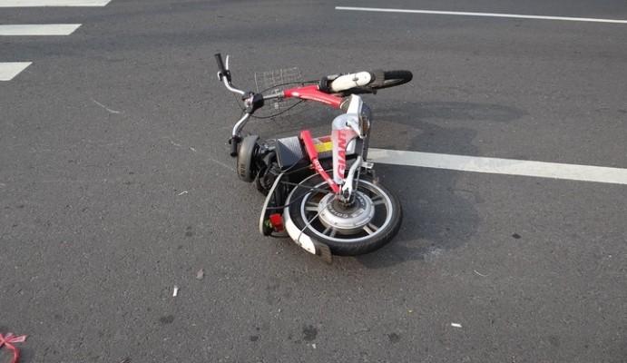 Wrecked e-bike. (Hemei Township Police photo)
