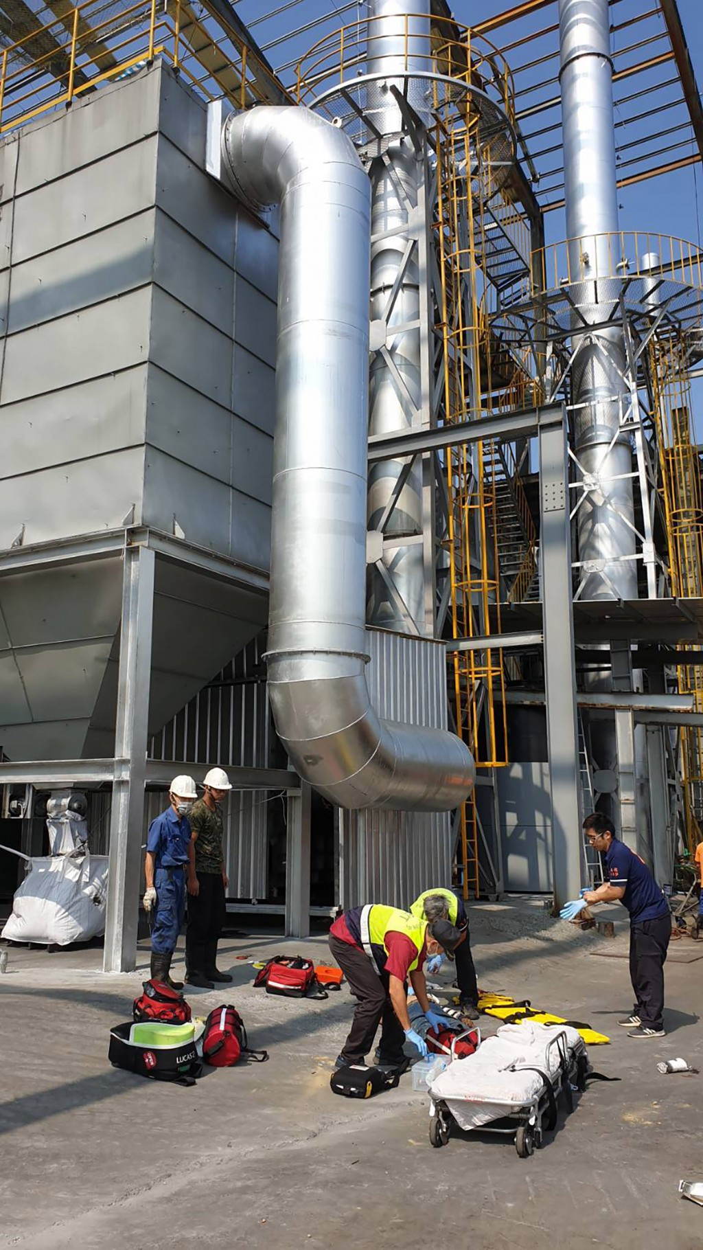 Three workers fell to their deaths at a Nantou County factory Thursday October 10.