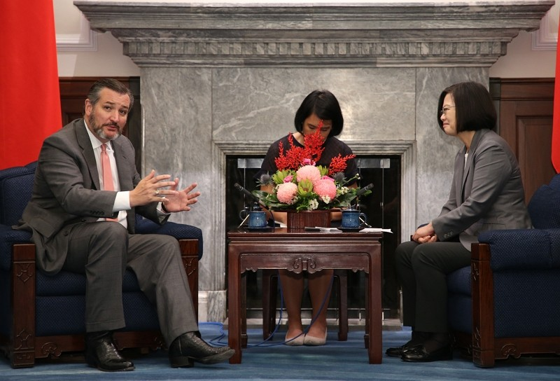 President Tsai with US Sen. Cruz