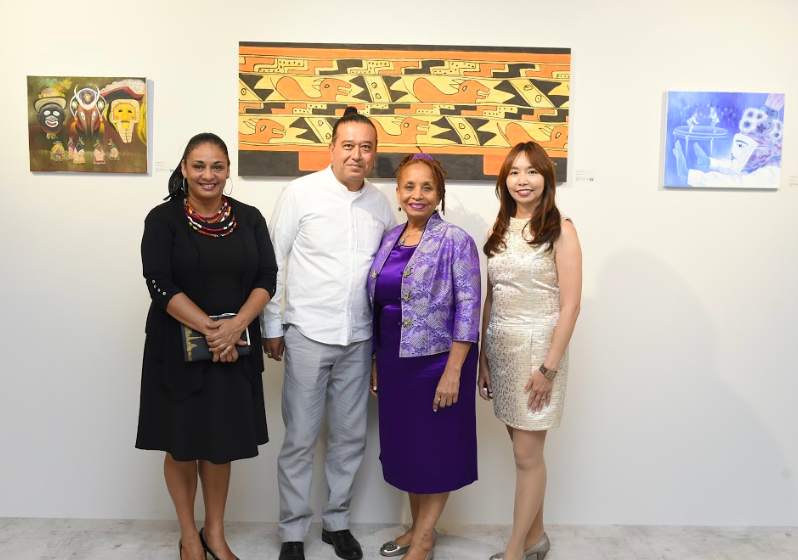 The Ambassador of Belize, Diane Haylock (second right), the director of Yuan Ru Gallery, Julie Hsieh (first right) and the artists, Rachael Heusner (f...