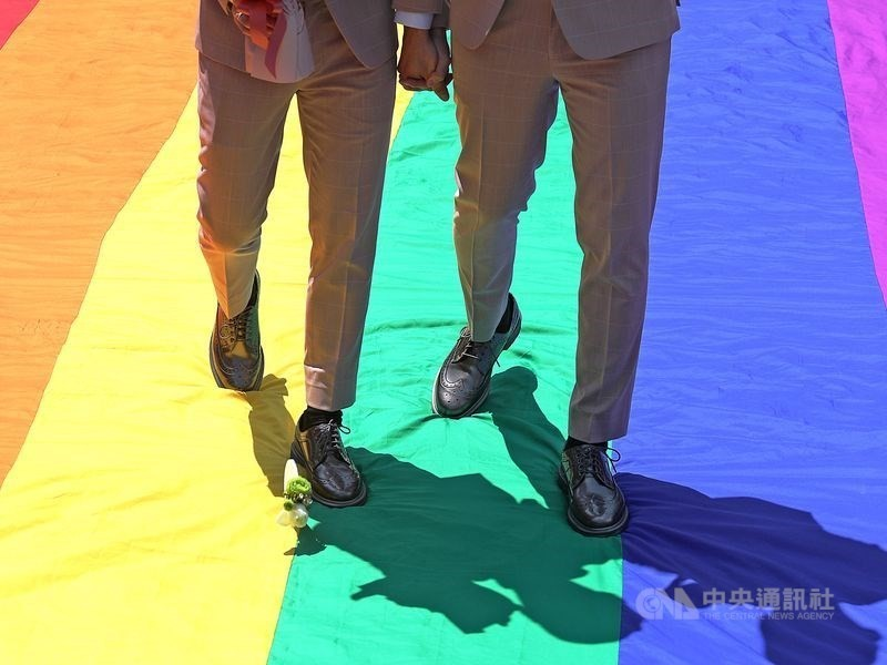 The last of three gay couples pulled out of military mass weddings.