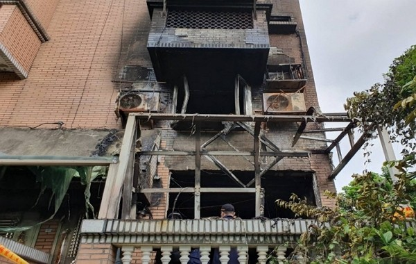 House fire in Yingge, New Taipei. (Facebook)