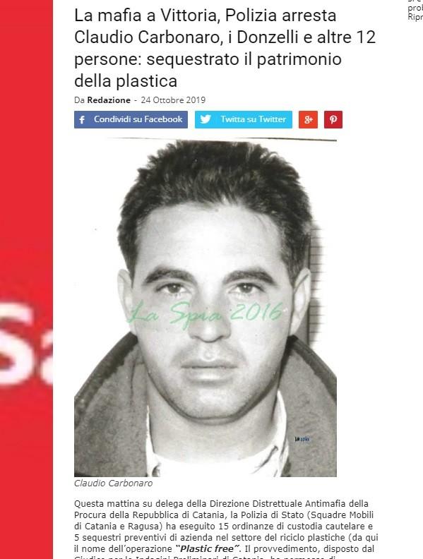 圖為義大利媒體刊出黑手黨卡彭那羅(Claudio Carbonaro)等人被捕的消息(翻攝laspia.it)