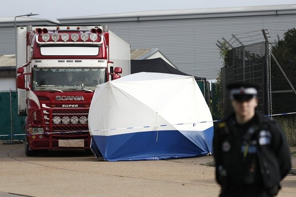 Chinese citizens found dead in a truck near London. (AP photo)