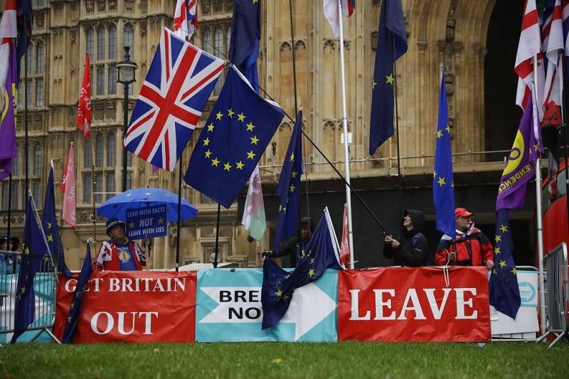 英國究竟何時脫離歐盟, 又成了歹戲拖棚! (美聯社)