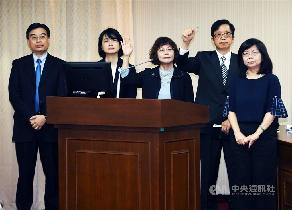 CEC nominees (from left to right) Meng Chih-cheng, Lin Chao-chi, Chen Yueh-tuan, Chiu Chang-yueh and Huang Hsiu-tuan.