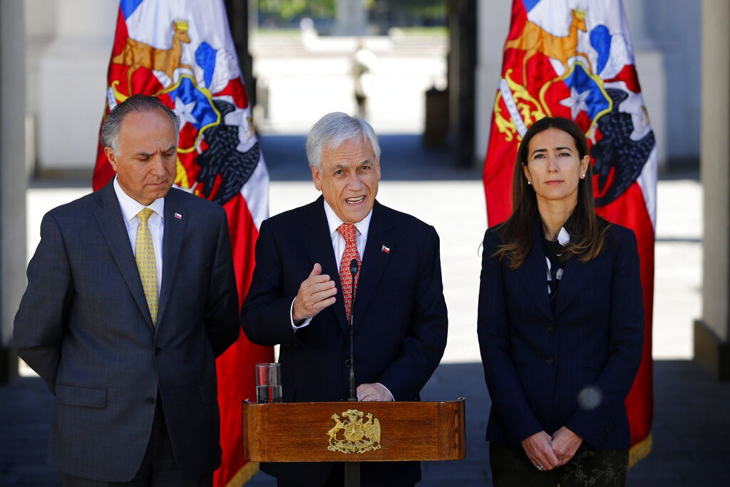 智利總統皮涅拉(Sebastian Pinera)宣布取消舉辦APEC峰會和Cop 25氣候變遷大會。(圖/美聯社)
