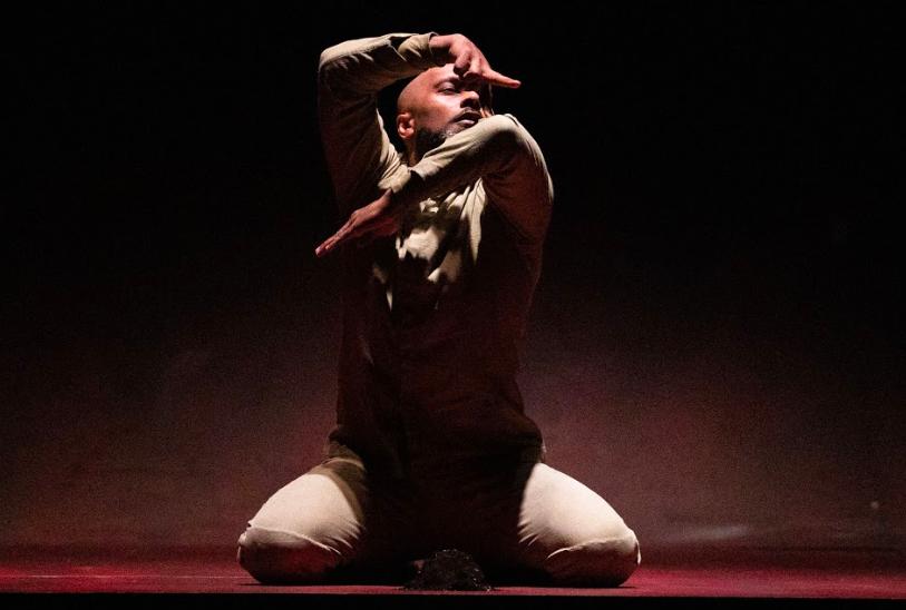 國際舞蹈大師登台帶來封箱之作「陌生人」(圖/兩廳院提供)