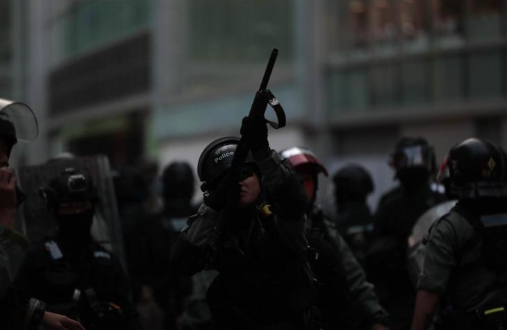 港人號召多區「和你shop」遍地開花行動,防暴警察除提前進...